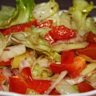 Transylvanian salad: peppers and tomatoes. Photo: count Kalnoky.